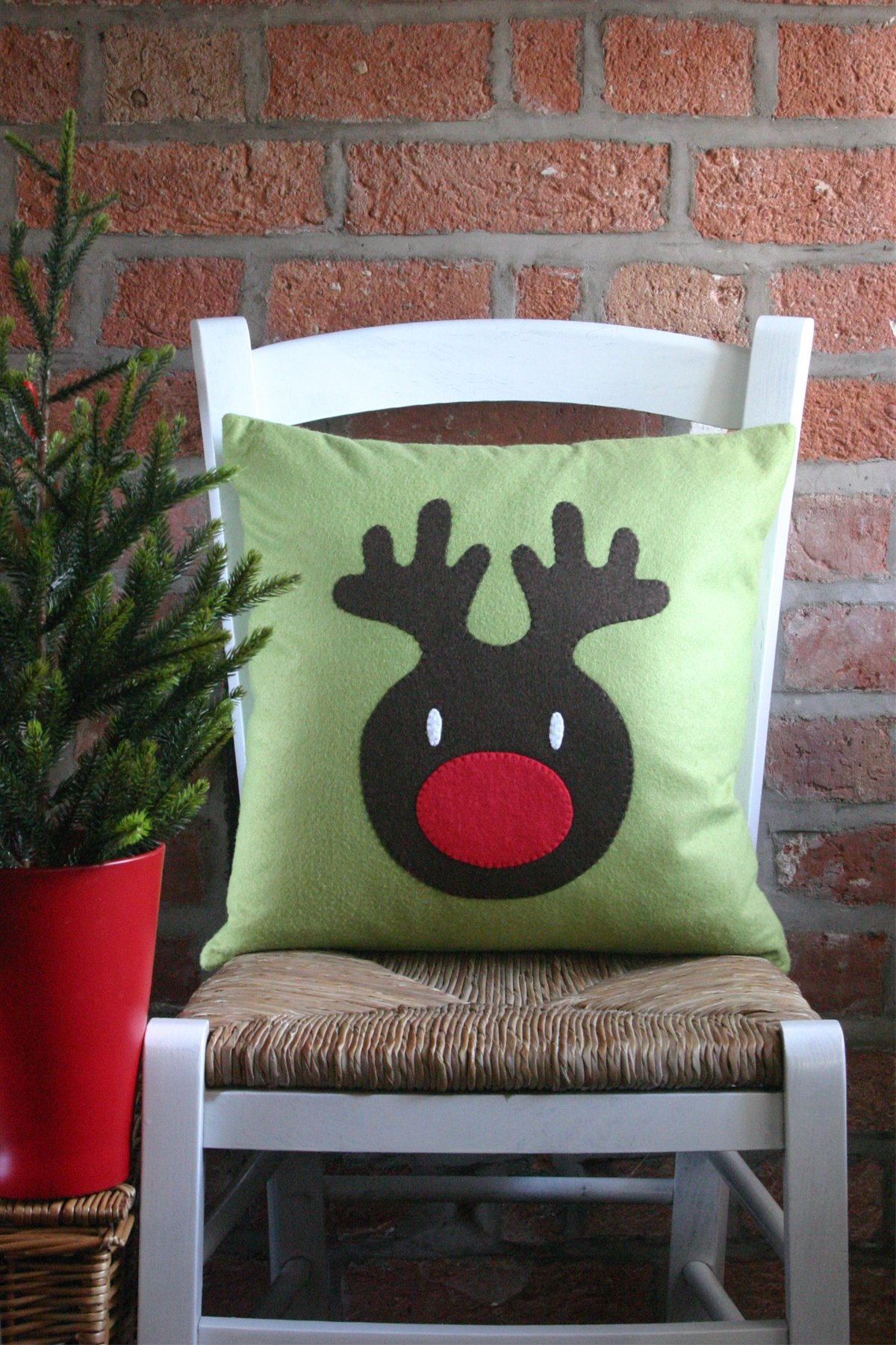Reindeer Cushion Tutorial