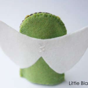 Angel Finger Puppet Pattern Wing Detail