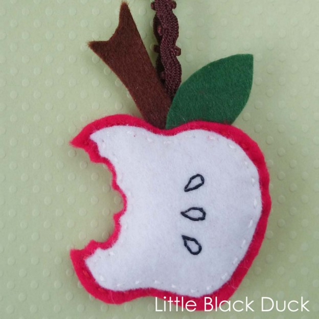 Red Felt Apple Bite Keyring