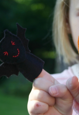 Bat and Pumpkin Finger Puppets