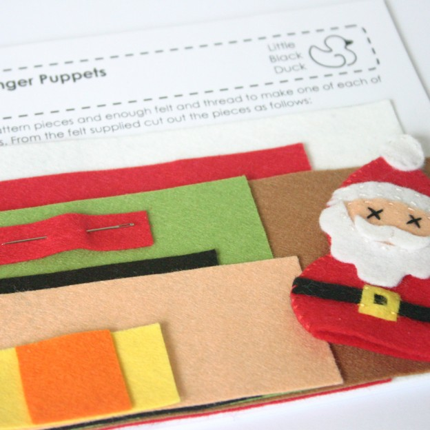 Christmas Friends Sewing Kit