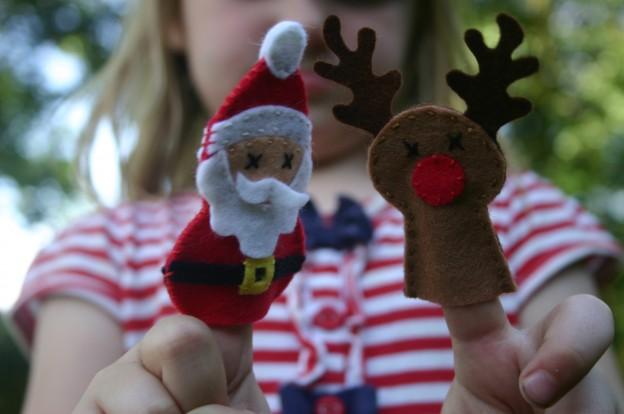 Santa and Reindeer Finger Puppets
