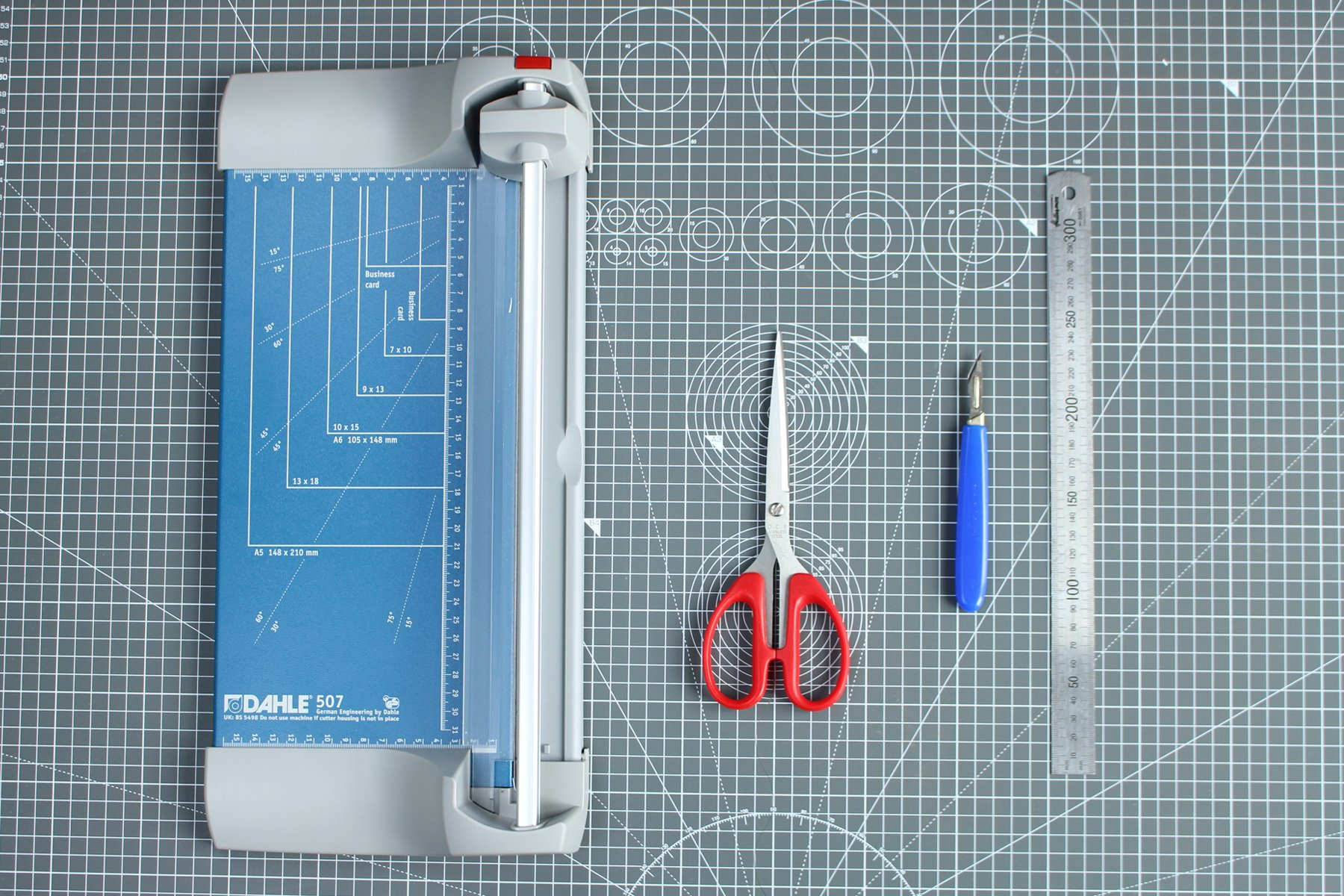 Cutting equipment for assembling pdf sewing patterns