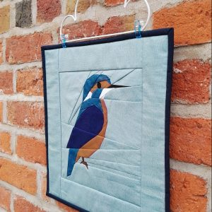 Kingfisher fpp mini quilt at a angle
