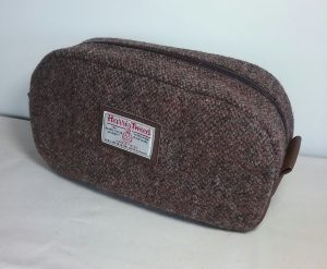 Harris Tweed Pebble Wash Bag by Susan Hewitt