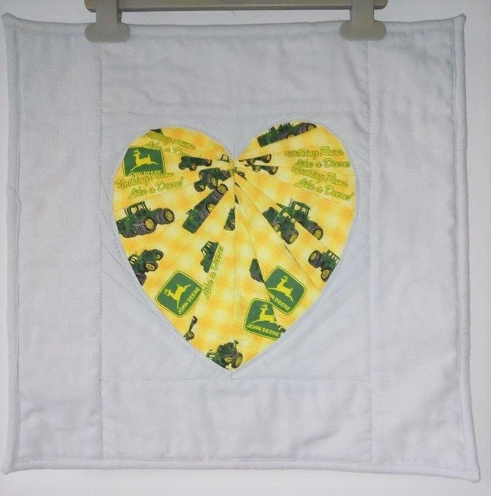 Andrea Leech Facets of the Heart Mini Quilt