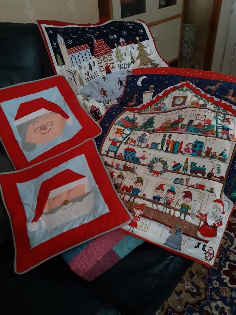 Santa and Mrs Claus FPP Cushions Denise Davidson