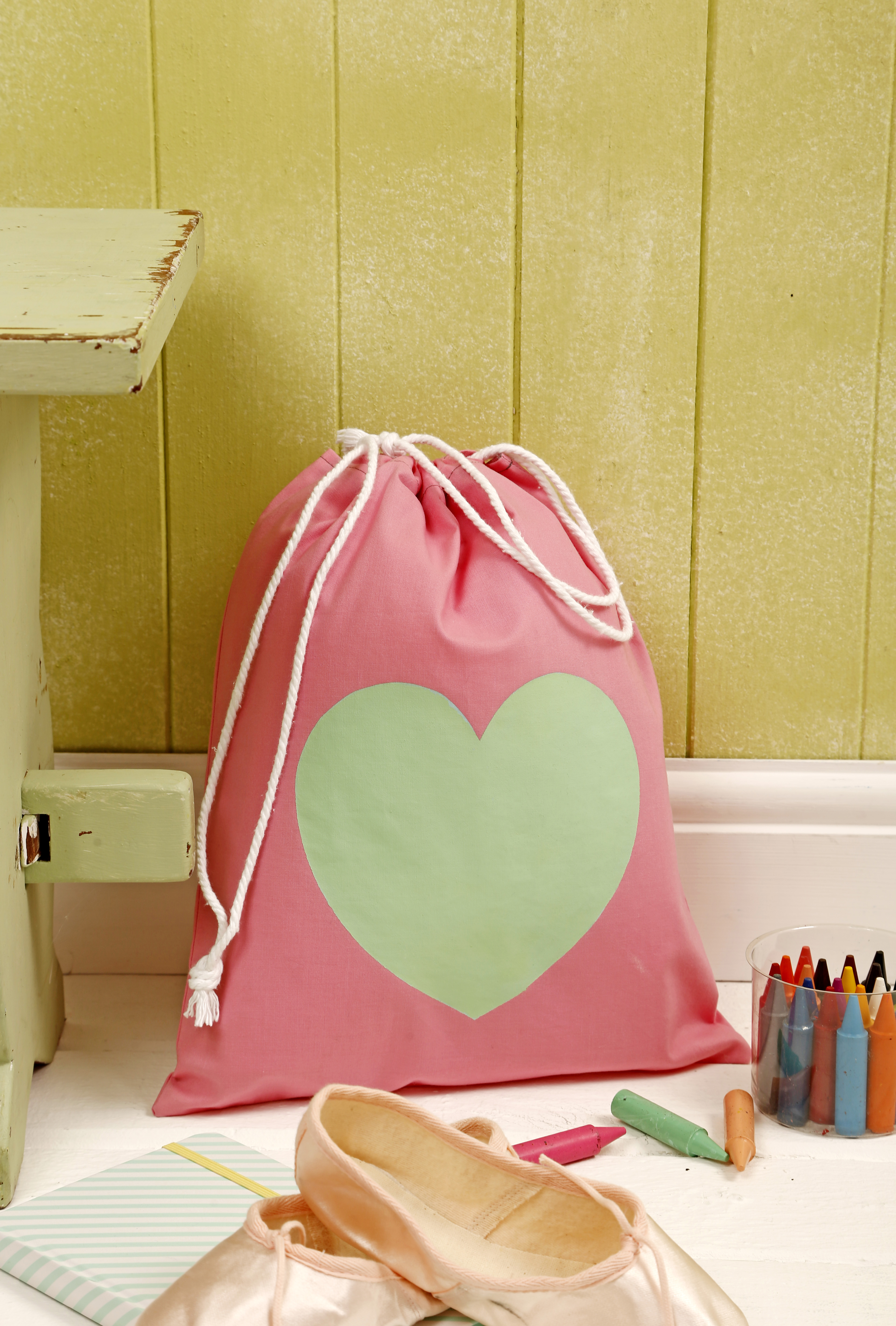 Heart Print Drawstring Bag