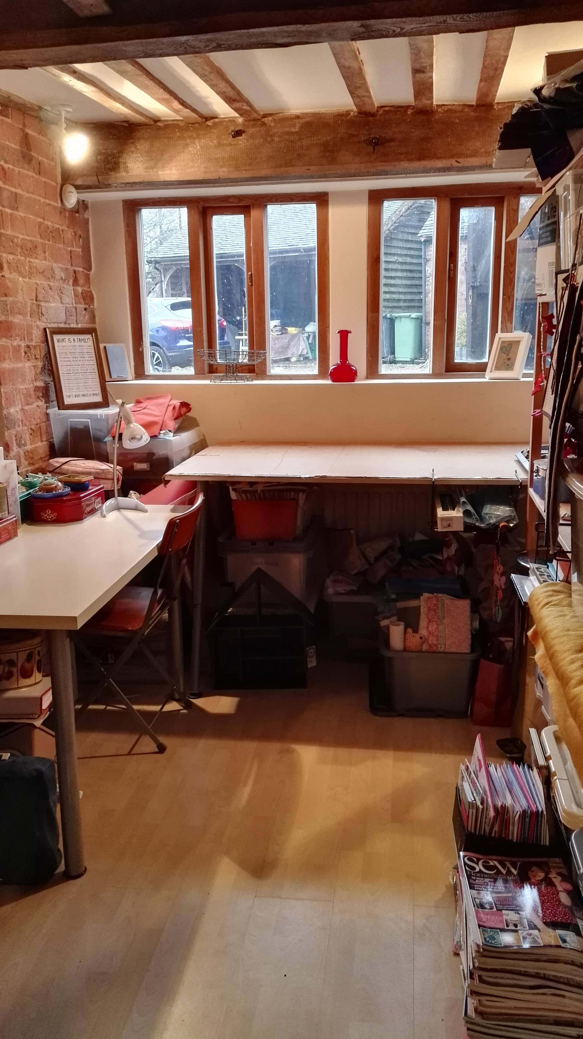 Clear desk Jan 2017