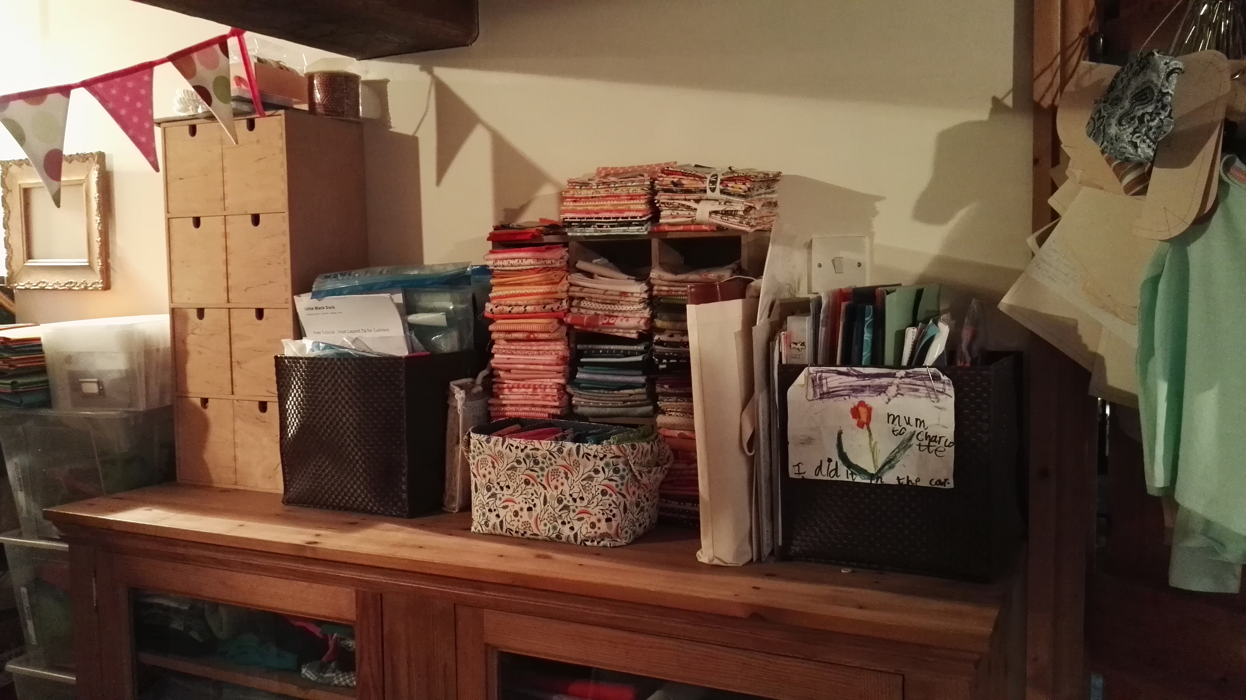 Neat and Tidy Fat Quarters
