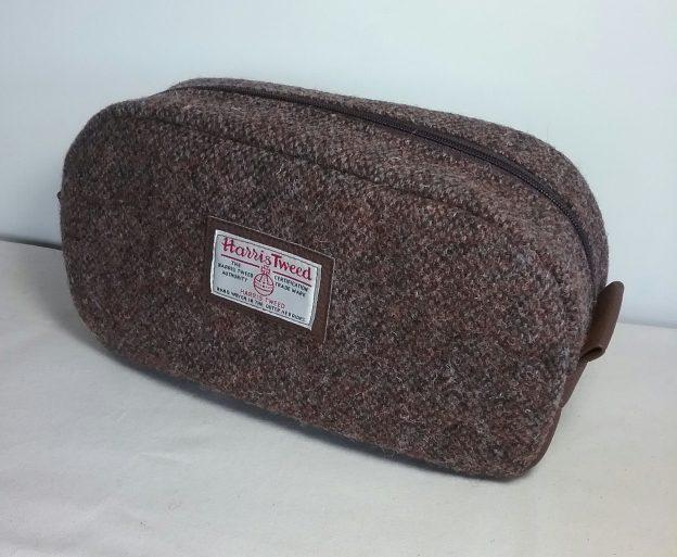 Harris Tweed Pebble Wash Bag by Susan Hewitt