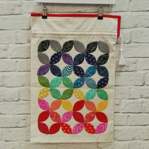 Hidden Circles Laundry Bag for the Sewing Quarter