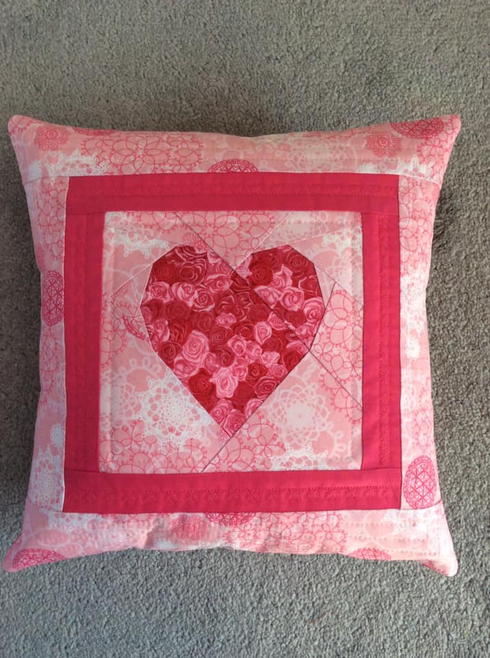 Helen Todd 6inch FPP Simple Heart Cushion