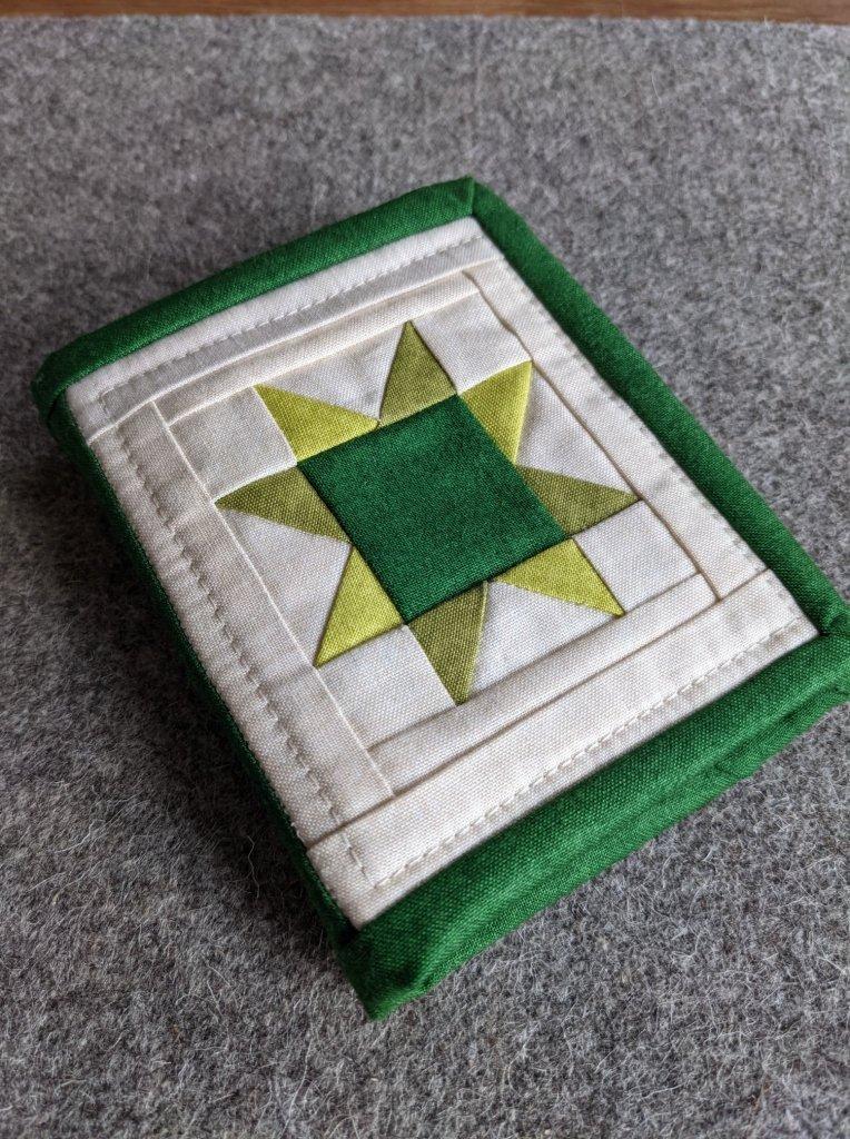 Jo Gallivan Green Nifty Needlebook Option 3
